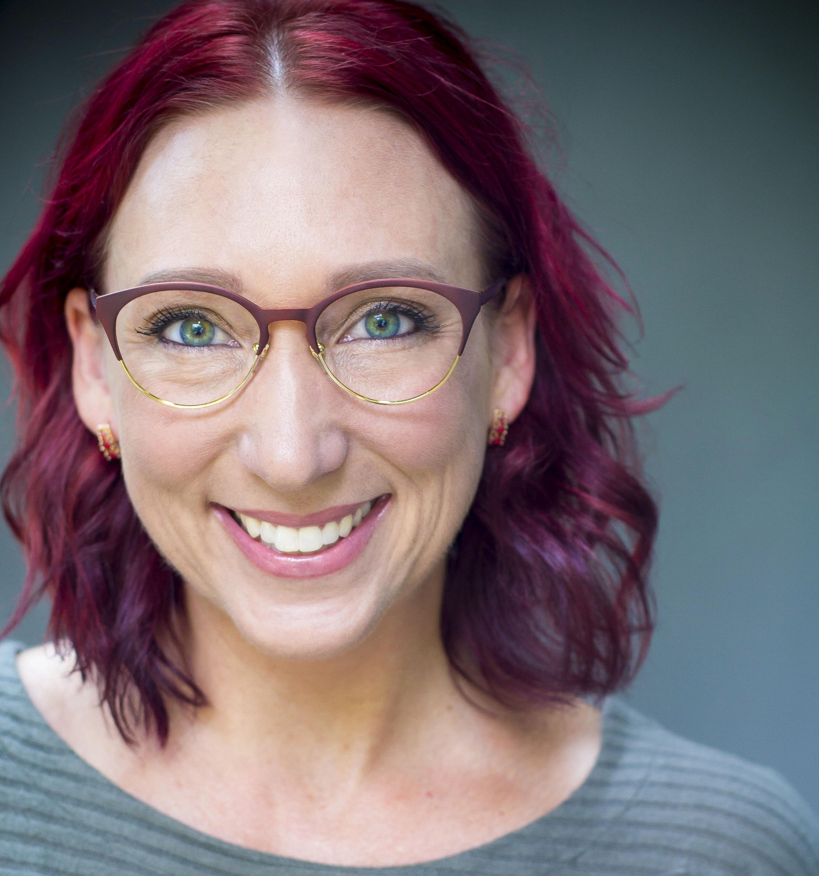 Sylvia Anderson, B2C/B2B Writer